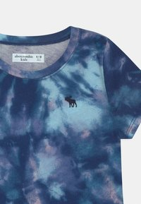 Abercrombie & Fitch - JAN CORE CREW  - Print T-shirt - blue - 2