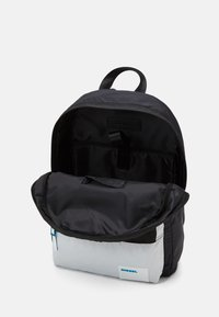 Diesel - DISCOVER ME MIRANO BACKPACK - Batoh - black/white - 2