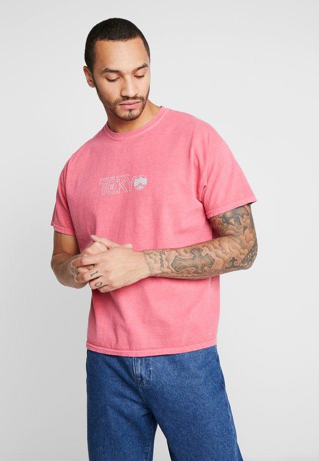 TEE - T-shirt imprimé - red niu