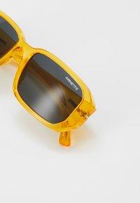 Arnette - Occhiali da sole - transparent yellow - 2