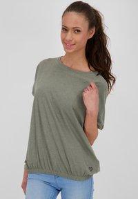 alife & kickin - Basic T-shirt - dust - 0