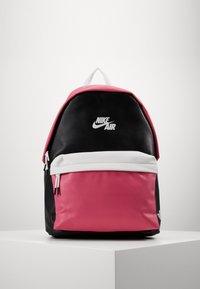 Jordan - AJ PACK - Reppu - pink blast - 0