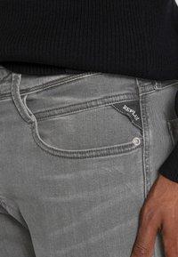 Replay - ANBASS - Slim fit jeans - dark grey - 4