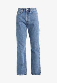 Weekday - ROWE FRESH - Jeans Straight Leg - sky blue - 4