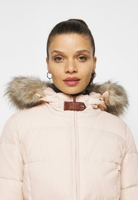 Lauren Ralph Lauren Petite - JACKET - Down coat - moda cream - 4