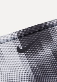 Nike Performance - REVERSIBLE NECK WARMER UNISEX - Scaldacollo - smoke grey/black/white - 2