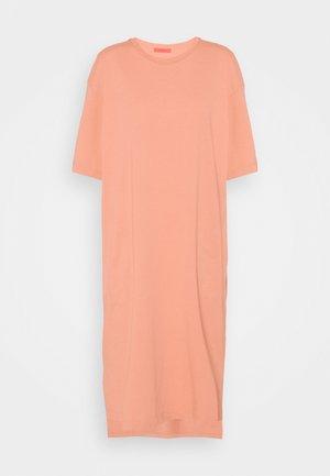 DRESS - Jersey dress - powder pink