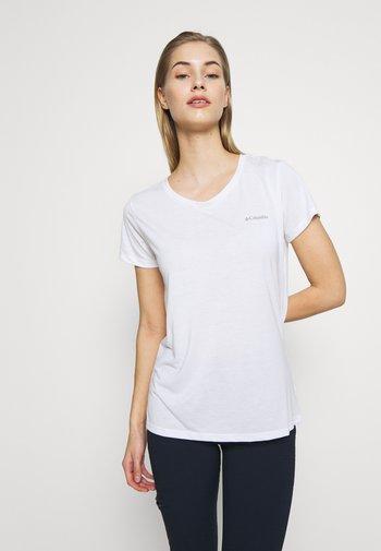 LAVA LAKE™ TEE - T-shirts basic - white