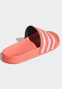adidas Originals - ADILETTE  - Muiltjes - seflor/ftwwht/seflor - 3