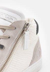 Crime London - Sneakers alte - white - 5