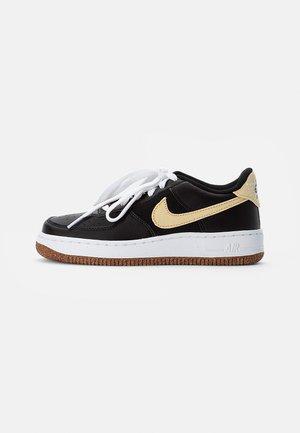 AIR FORCE 1 - Sneakersy niskie - black/solar flare-white-black