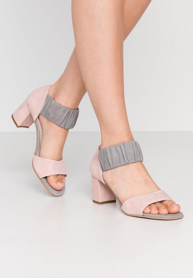 ME AND ME  - Sandaler - grey/rosa