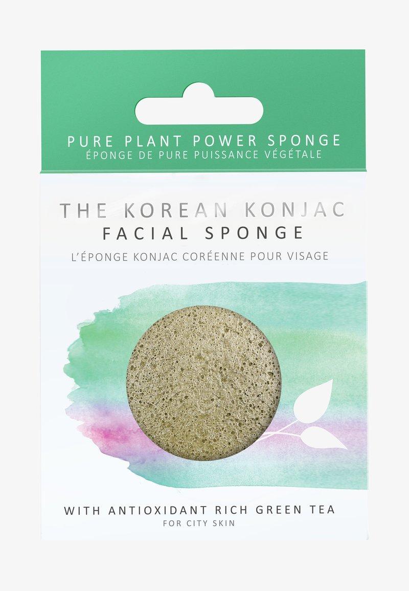 Konjac Sponge - KONJAC FACIAL SPONGE - Skincare tool - grüner tee