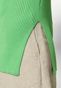 ARKET - Basic T-shirt - green - 3