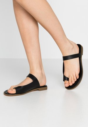 HIROE - T-bar sandals - black