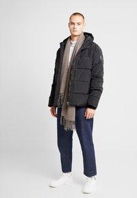 Burton Menswear London - ASPEN PUFFER - Vinterjacka - black - 1