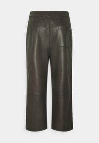Marc O'Polo - PANTS CULOTTE MEDIUM RISE WIDE LEG CROPPED  - Trousers - black brown - 1
