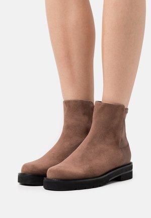 LIFT BOOTIE - Kotníkové boty - taupe