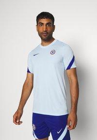 Nike Performance - CHELSEA LONDON - Vereinsmannschaften - cobalt tint/rush blue - 0