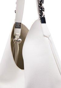 DreiMaster - Handbag - white - 5
