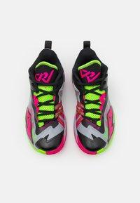 Jordan - JORDAN ONE TAKE 3 UNISEX - Basketball shoes - wolf grey/pink prime/electric green - 3