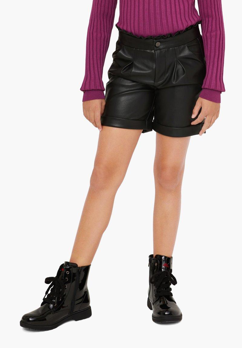 s.Oliver - Shorts - black