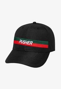 Mister Tee - MISTER TEE HERREN PUSHER HUSTLE DAD CAP - Cap - black/green/red - 3