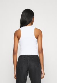BDG Urban Outfitters - HIGH TANK - Top - white - 2