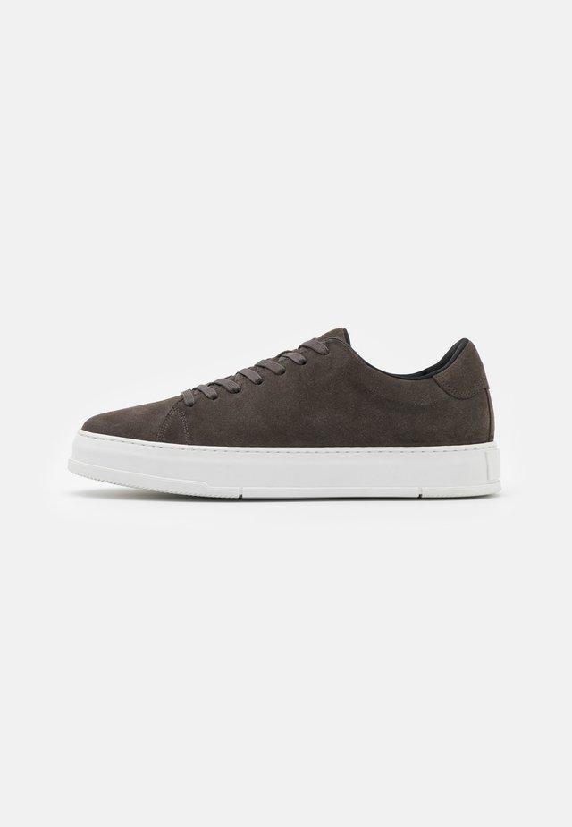 JOHN - Sneakersy niskie - dark grey
