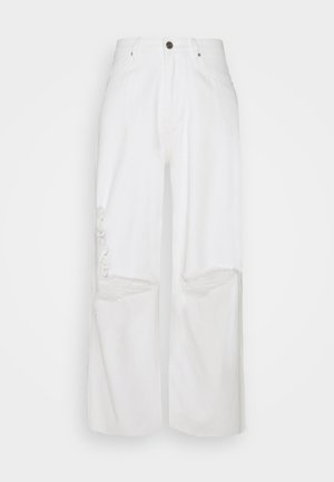 RAW HEM BAGGY BOYFRIEND - Relaxed fit jeans - white