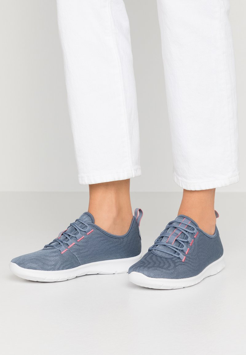 Cloudsteppers by Clarks - STEP ALLENA GO - Trainers - blue grey