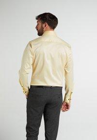Eterna - MODERN  - Formal shirt - zartgelb - 1