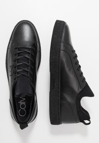 Calvin Klein - EDWYN LOW TOP LACE UP - Trainers - black - 1