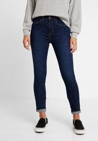 Wrangler - HIGH RISE - Jeans Skinny - night blue - 0