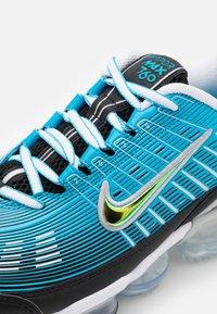 Nike Sportswear - AIR VAPORMAX 360 - Zapatillas - laser blue/black/white/light smoke grey/reflect silver - 5