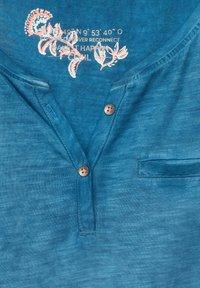 Cecil - MIT FLAMMGARN - Basic T-shirt - blau - 4