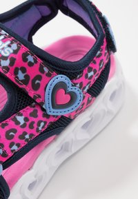 Skechers - HEART LIGHTS - Sandalen - pink - 5