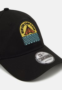 New Era - CAMP PATCH 9FORTY UNISEX - Cap - black - 3