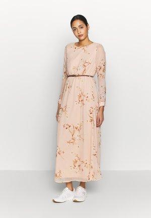 VMCARINA BELT DRESS - Maxi-jurk - rose dust/larina