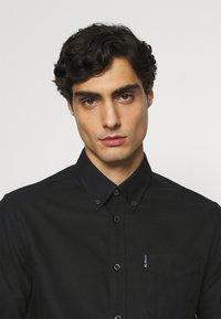 Ben Sherman - SIGNATURE OXFORD  - Overhemd - barely black - 3