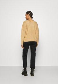 Even&Odd - CROSS FRONT BARDOT - Pullover - tan - 2