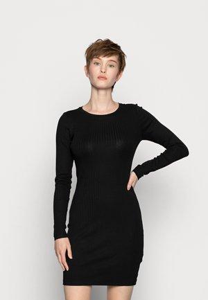 JERSEYKLEID BASIC - Pouzdrové šaty - black