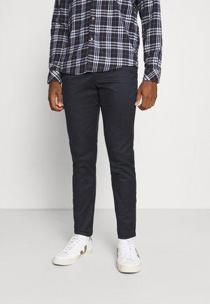 SLHSLIM BUCKLEY FLEX PANTS - Trousers - dark sapphire