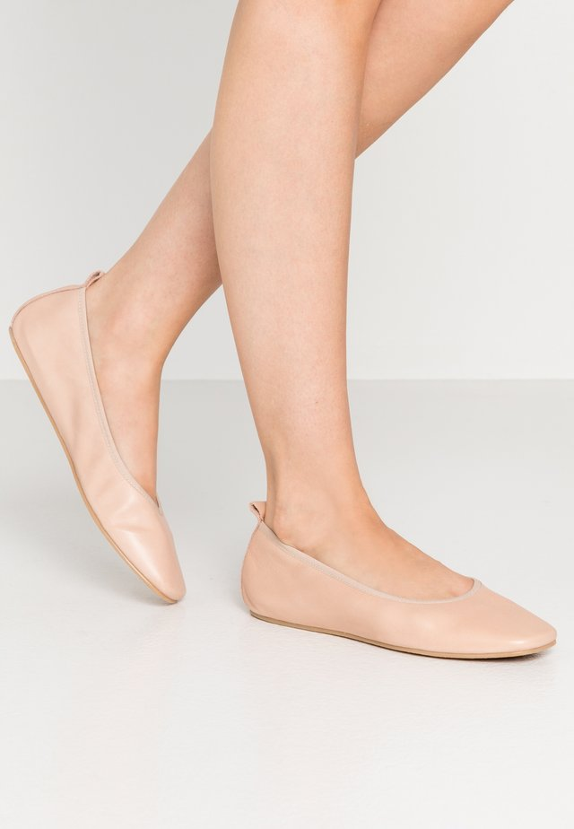 Chaussons - nude