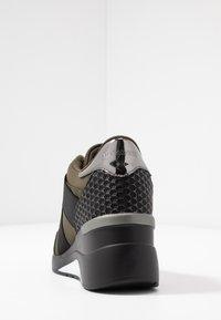 Mariamare - PRINCE - Nazouvací boty - khaki - 5