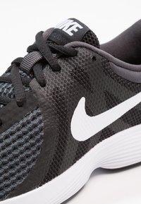Nike Performance - REVOLUTION 4 - Neutral running shoes - black/anthracite/white - 5