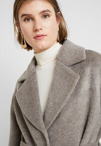 Whistles - DARCEY DRAWN BELTEDWRAP COAT - Classic coat - grey - 3