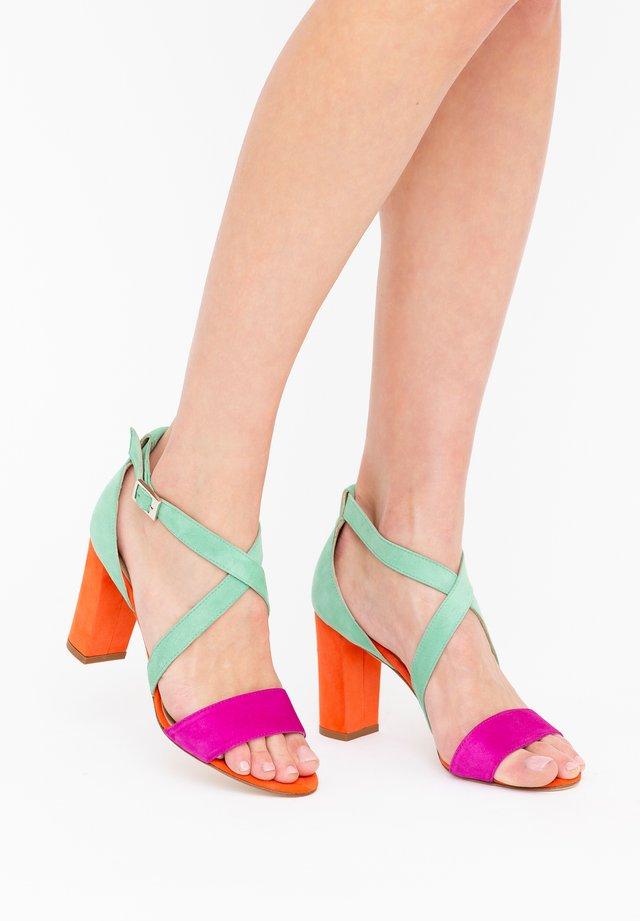 CHIARA - Sandales à talons hauts - fuxia/ arancio/ verde acqua