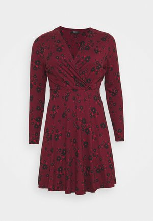 WRAP SKATER DRESS - Žerzejové šaty - dark red