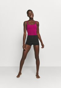 Capezio - CAMISOLE LEOTARD X CROSS STRAPS - Leotard - berry - 1